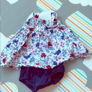 Baby Gap floral dress size 0-3 months
